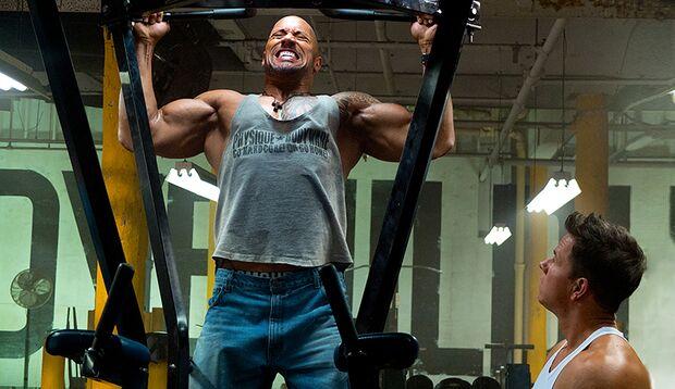 Dwayne Johnson und Mark Wahlberg haben sich für ihren neuen Actionfilm in Topform trainiert