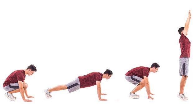 Ein Burpee besteht aus einer Kniebeuge, Liegestütze und einem Strecksprung, die zu einer flüssigen Bewegung kombiniert werden