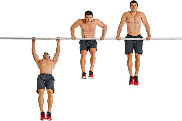 Ein Muscle-up trainiert nahezu den gesamten Oberkörper