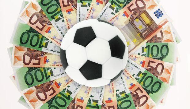 Ein paar Stunden in der Woche kümmern Sie sich um die Finanzen Ihrer Kickerfreunde