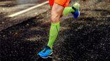 Enge Hosen verbessern die Leistungsfähigkeit von Läufern