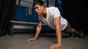 Fitness-Model und -Trainer Nam Vo verrät, wie er sein Gewicht von 62 auf 94 Kilo muskulös steigerte