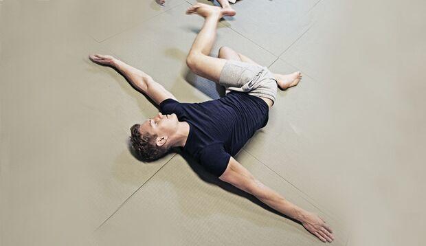 Fitnesskurs Prasara-Yoga im Test