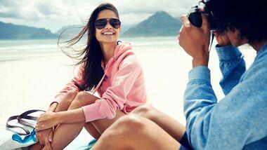 Fragen Sie sie spontan, ob Sie ein Foto von ihr machen dürfen