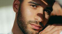 Frauen lieben einen lässigen Drei-Trage-Bart