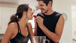 Fructosearmes Obst wie Erdbeeren kannst du prima mit unseren Abnehm-Lebensmitteln kombinieren