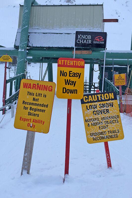 Für Abenteurer: der etwas klapprig wirkende Knob-Chair-Lift zu den Profi-Abfahrten vom Marmot Peak