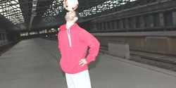 Fußball-Freestyle-Tricks lernen im Video: Head Stall