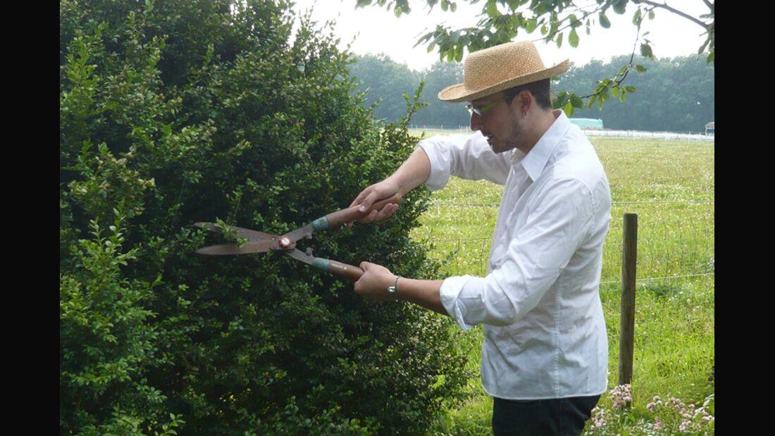 Gartenarbeit befreit den Geist und befriedet die Seele. Rauchen ist einem dabei völlig wurscht. Probieren Sie es aus!