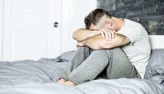 Gefährlich wird es, wenn zum Nachtschweiß weitere Krankheitssymptome kommen