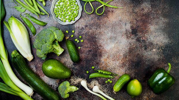 Gemüse enthält viele Nährstoffe, dafür wenige Kalorien