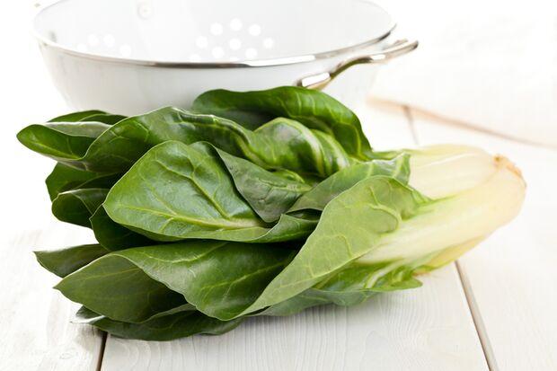 Gemüse mit wenig Kalorien: Mangold
