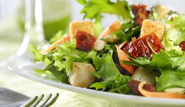 Gemüse sollte ein wichtiger Bestandteil Ihrer Ernährung sein, wenn Sie abnehmen wollen