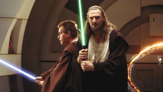 """George Lucas bringt seine """"Star Wars""""-Filme wieder auf die große Leinwand – diesmal in 3D. Wir verraten, ob Sie für """"Episode I – Die dunkle Bedrohung 3D"""" wirklich ins Kino müssen."""