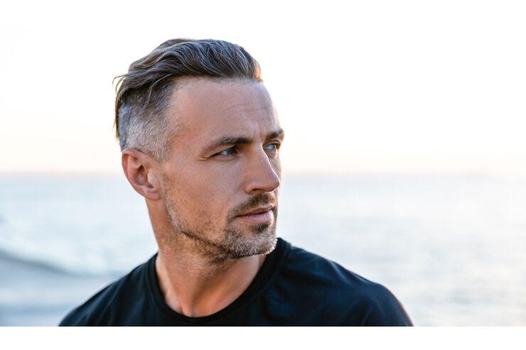 Graue Haare: Gleich ein Grund zur Panik? | MENS HEALTH