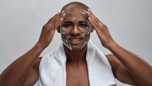 Gesicht richtig reinigen