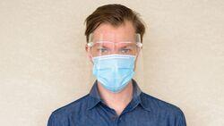 Gesichtsvisiere sind kein Ersatz für eine Maske