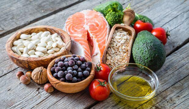 Gesunde Kohlenhydrate und Fette sind während der Eiweiß-Diät durchaus erlaubt