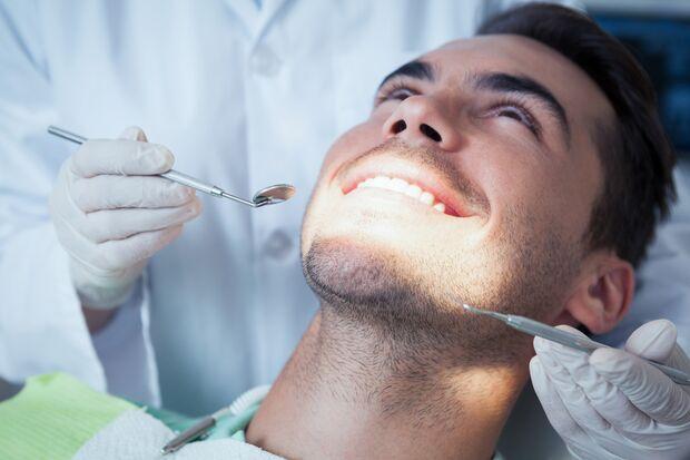 Gesunde Zähne sind Voraussetzung für ein Bleaching