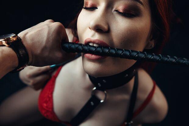 Gewalt im erotischen Traum