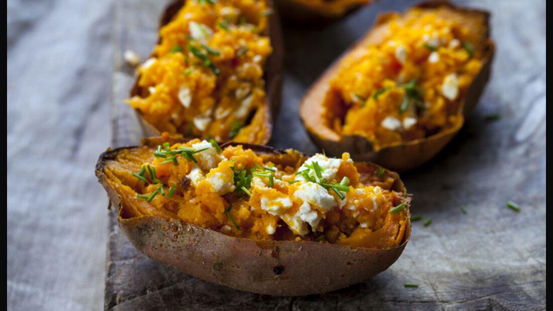 High Carb: Süßkartoffeln enthalten viele gesunde Carbs