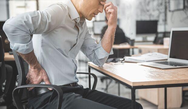 Hinter Rückenschmerzen stecken häufig schwache Gesäßmuskeln