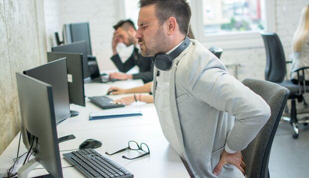 Hinter plötzlich auftretenden Rückenschmerzen könnte ein Aneurysma stecken