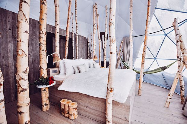 Hotelzimmer aus Holz
