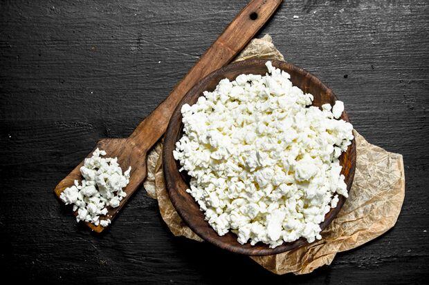Hüttenkäse ist ein idealer Snack zum Abnehmen