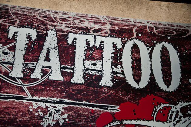 Tattoo Sprüche Die Unter Die Haut Gehen Men S Health