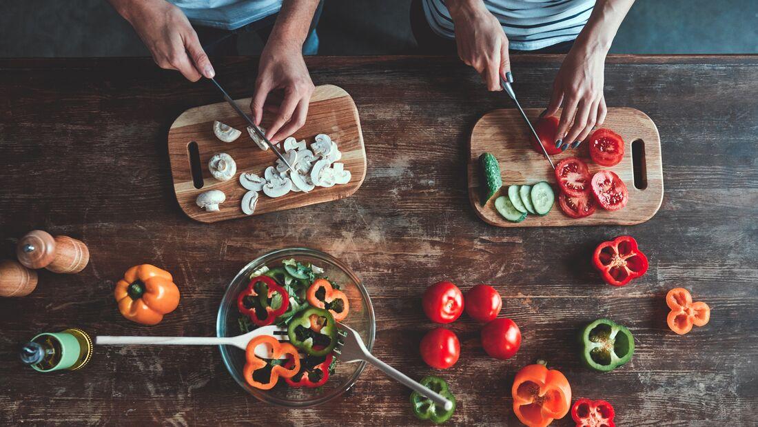 Iss nur Salate, um Gewicht zu verlieren