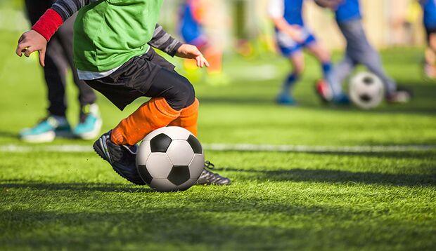 Immer nur die Fußballturniere besuchen: missverständliche Botschaft