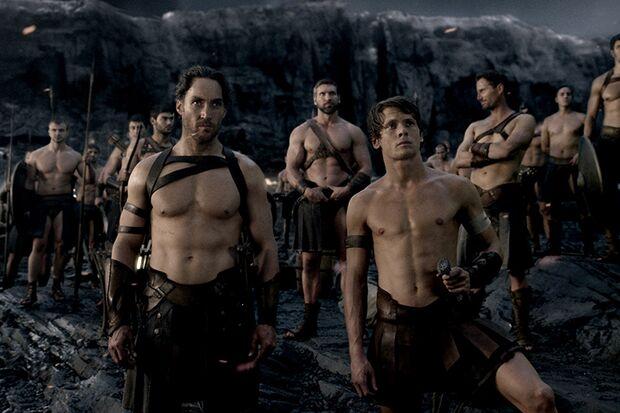 """In """"300: Rise of an Empire"""" stellen sich durchtrainierte Griechen mit ihren Sixpacks Perserkönig Xerxes und seinen Armeen in den Weg"""