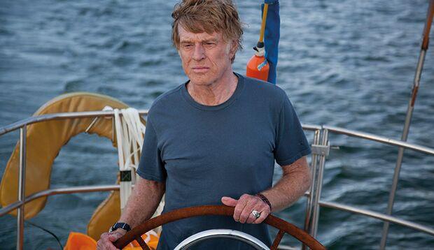 """In """"All is lost"""" kämpft Robert Redford als Segler in Seenot allein und schweigend ums Überleben"""
