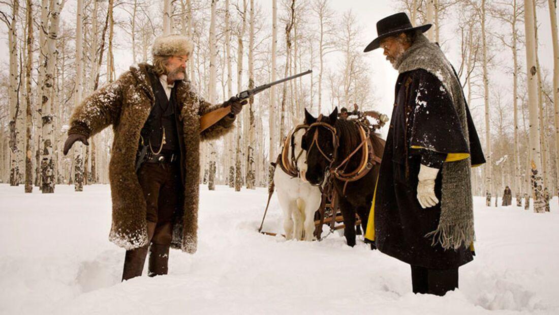 """In Quentin Tarantinos """"The Hateful 8"""" belauern sich ein Haufen Kopfgeldjäger, Halsabschneider und Selbstdarsteller in einer Berghütte"""