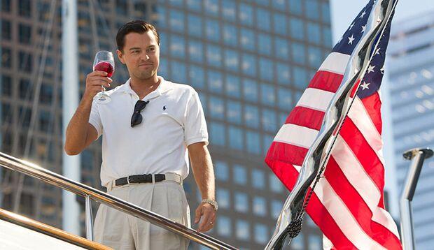 """In """"The Wolf Of Wall Street"""" spielt Leonardo DiCaprio einen windigen Finanzhai, der sich Millionen ergaunert"""