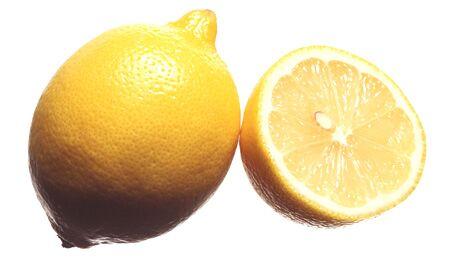 Je heller die Zitrone, desto saurer schmeckt sie