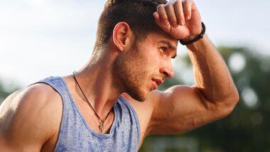 Juckende Hitzepickel treten besonders gerne nach schweißtreibenden Sporteinheiten auf