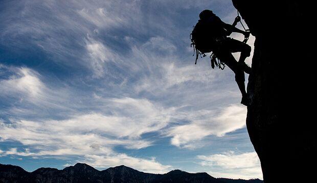 Klettersteigen ist eine perfekte Mischung aus Kraft, Ausdauer, Geschicklichkeit und Action