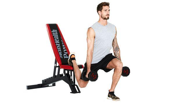 Kniebeugen mit erhöhtem Bein