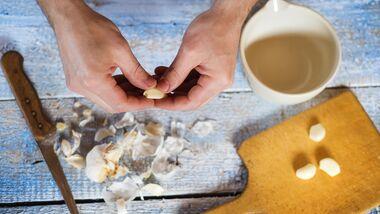 Knoblauch ist gesund, hinterlässt jedoch einen penetranten Geruch