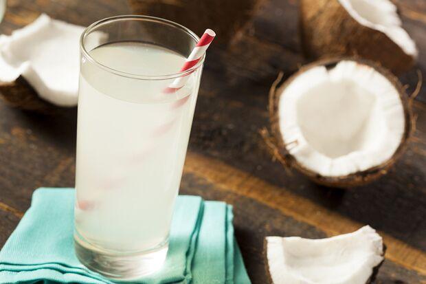 Kokoswasser liefert nur 10 kcal