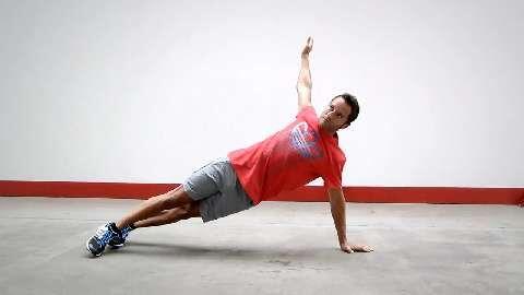 Kraftausdauer-Workout mit DTM-Star Timo Scheider