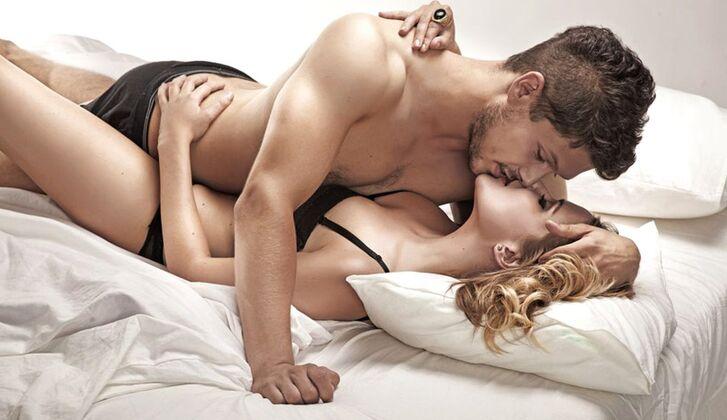 Bilder bewegende sex Nackte Frauen