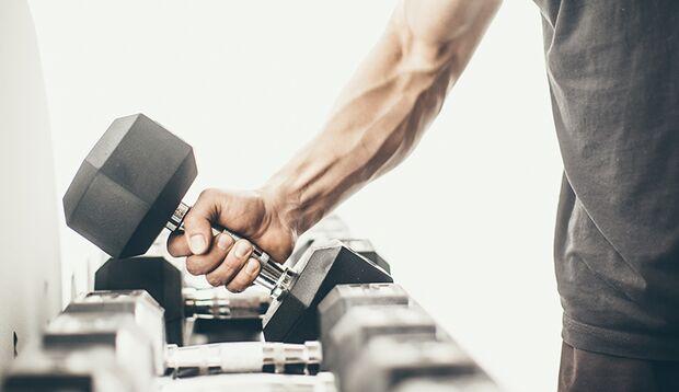 Lassen Sie die Sätze Ihr Gewicht für die jeweilige Übung bestimmen.
