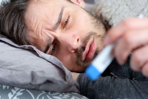 Leichtes Fieber hilft dem Körper,  Erkältungsviren zu eliminieren.