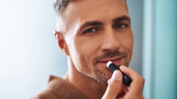 Lippenpflege für trockene Lippen