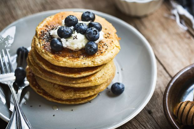 Low-Carb-Pancakes mit Frischkäse