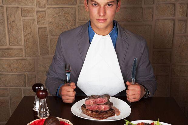 Macht warmes Essen am Abend dick?
