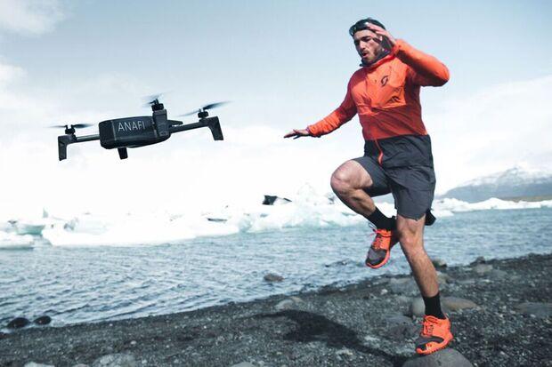 """Männer-Spielzeug: Die """"ANAFI Extended"""" von Parrot liefert Videoaufnahmen in 4K und HDR aus der Luft"""